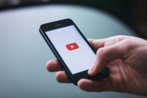 mobile-video01